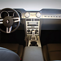Dash Kit Mustang -2005-09- AMBIENT LIGHTING AND MANUAL TRANS
